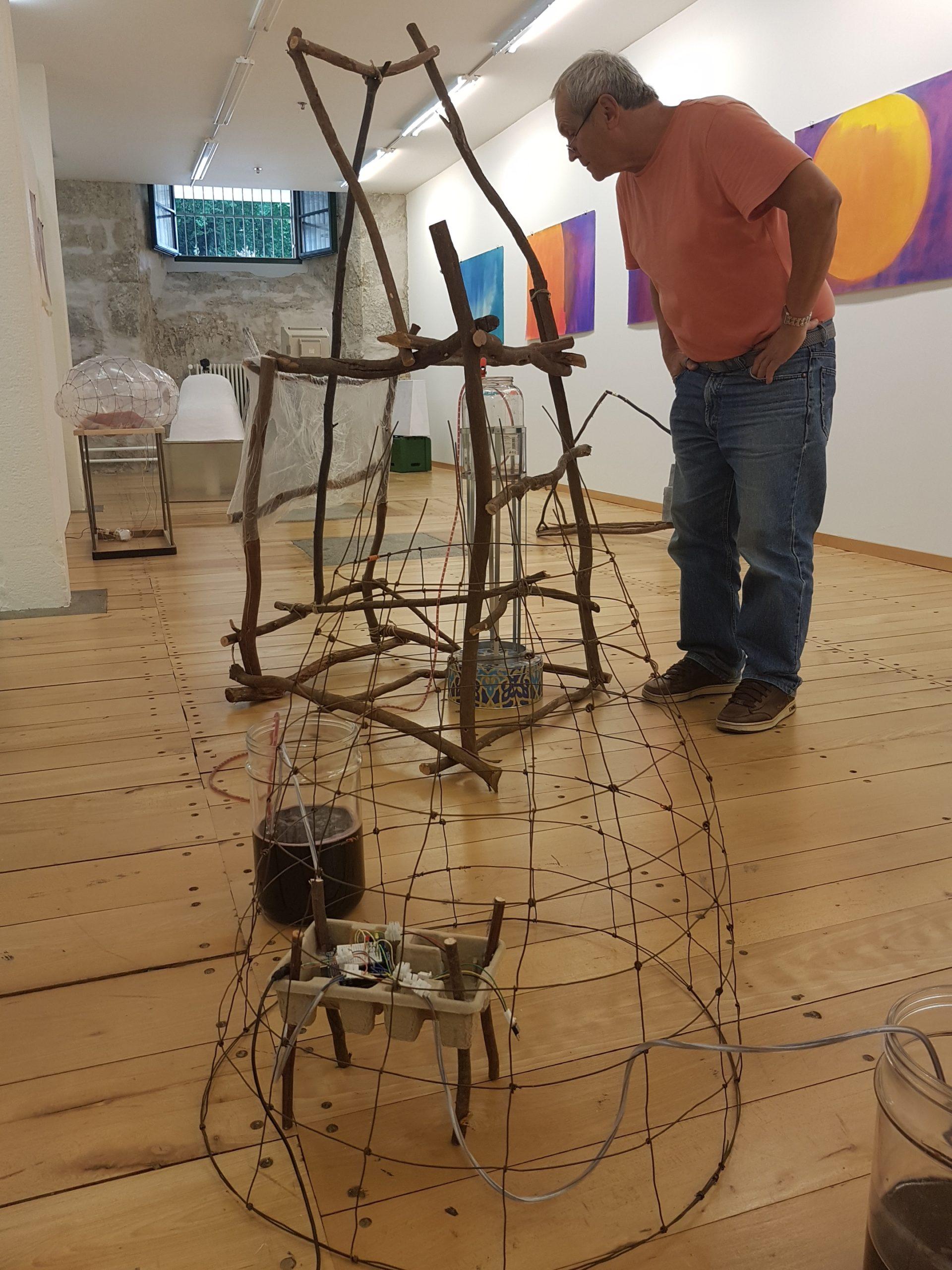 Quido Sen, Objekte und Ausstellungsansicht 2017